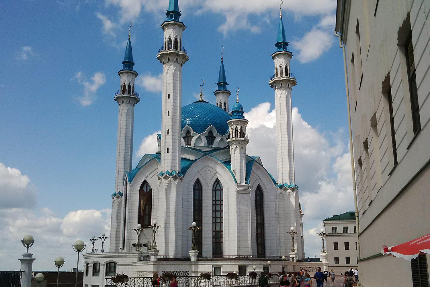 JTA took the Olympic media to Kazan's stunning Qolşärif Mosque during the 2015 FINA World Championships